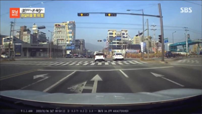 블랙박스로본세상 몇대몇 직진 좌회전사고 교통사고 전문변호사4.jpg